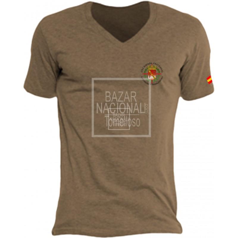 Camiseta Color Tabaco Escudo Casa Civil en Bolsillo